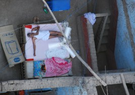 Despertar en un pueblo en Egipto.