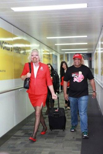 Richard Branson cumple su apuesta