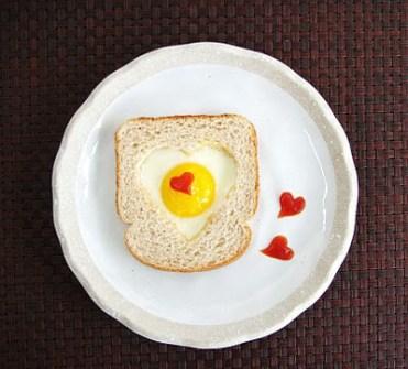 Meriendas creativas - Sandwiches con Corazones