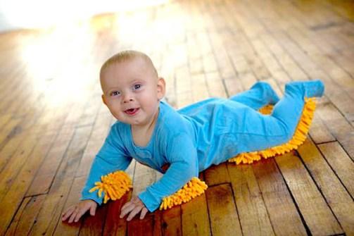 Invento - Mono mopa para bebés