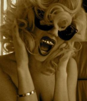 Bling Dental o Moda Grill - Lady Gaga