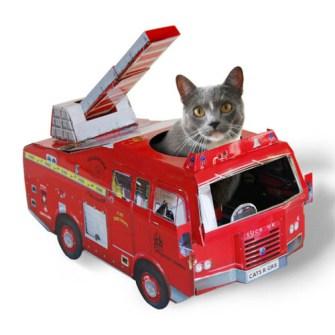 Caja de juegos para Gatos modelo coche de bomberos