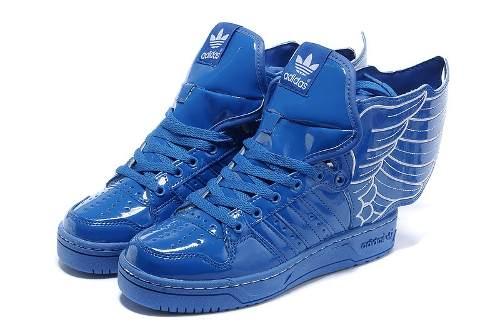 Jeremy Scott - Adidas con Alas en charol azul