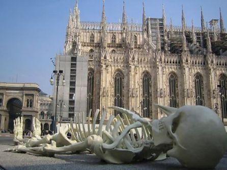 Instalaciones Artísticas - Gino De Dominicis - Esqueleto de Pinocchio
