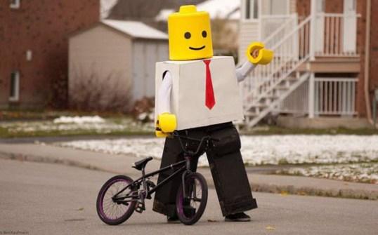 Disfraces originales y fáciles de última hora - Disfraz Lego