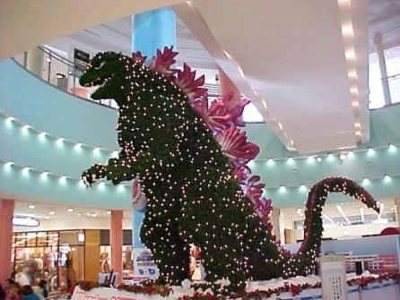 """26 Árboles de Navidad Diferentes - Árbol de Navidad """"Godzilla"""""""
