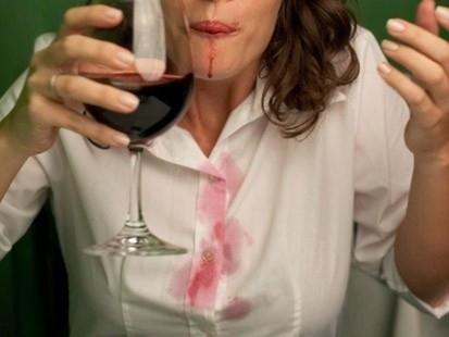 Trucos Caseros - Cómo quitar las manchas de vino tinto