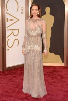 Las Peor Vestidas Oscar 2014 - Angelina Jolie