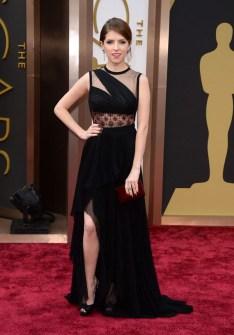 Las Peor Vestidas Oscar 2014 - Anna Kendrick