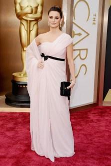 Las Peor Vestidas Oscar 2014 - Penelope Cruz