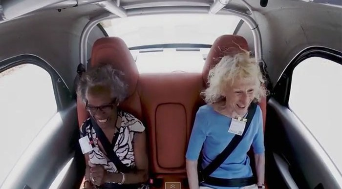 ¿Te Atreverías a Viajar en el Google Car? El Coche sin Conductor.