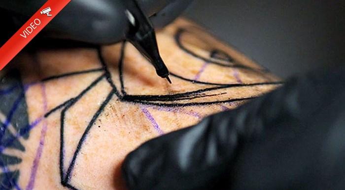 ¿Quieres ver Cómo se Hace un Tatuaje a Cámara Lenta?