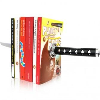 21 Gadgets Frikis que querrás para ti - Soporte para libros Katana