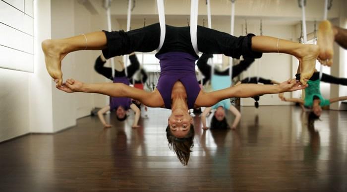 Siente la ingravidez con el Aero Yoga.