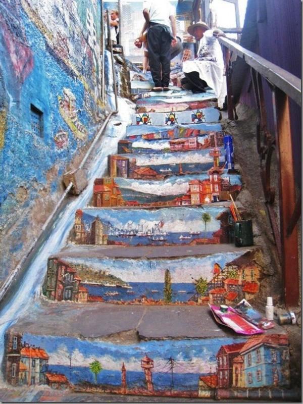 Artistas urbanos en escaleras