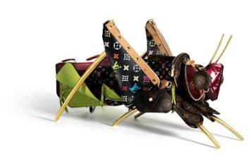 Saltamontes Louis Vuitton por Billie Achilleos