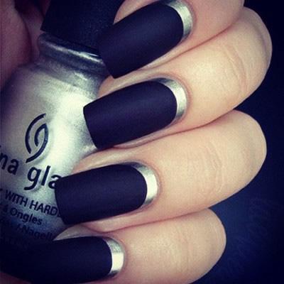 Nails bicolor en negro y plata