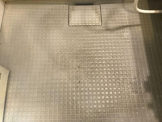 浴室床・皮脂汚れ