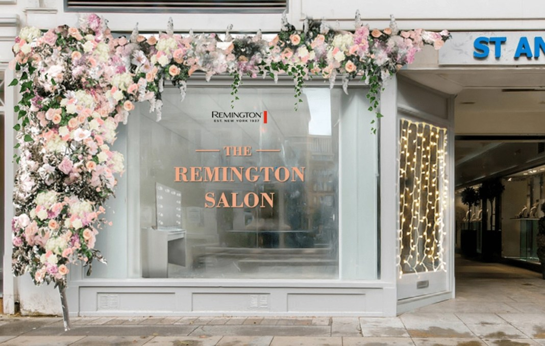 The Remington Salon Pop up in St Ann's Square, Manchester.jpg