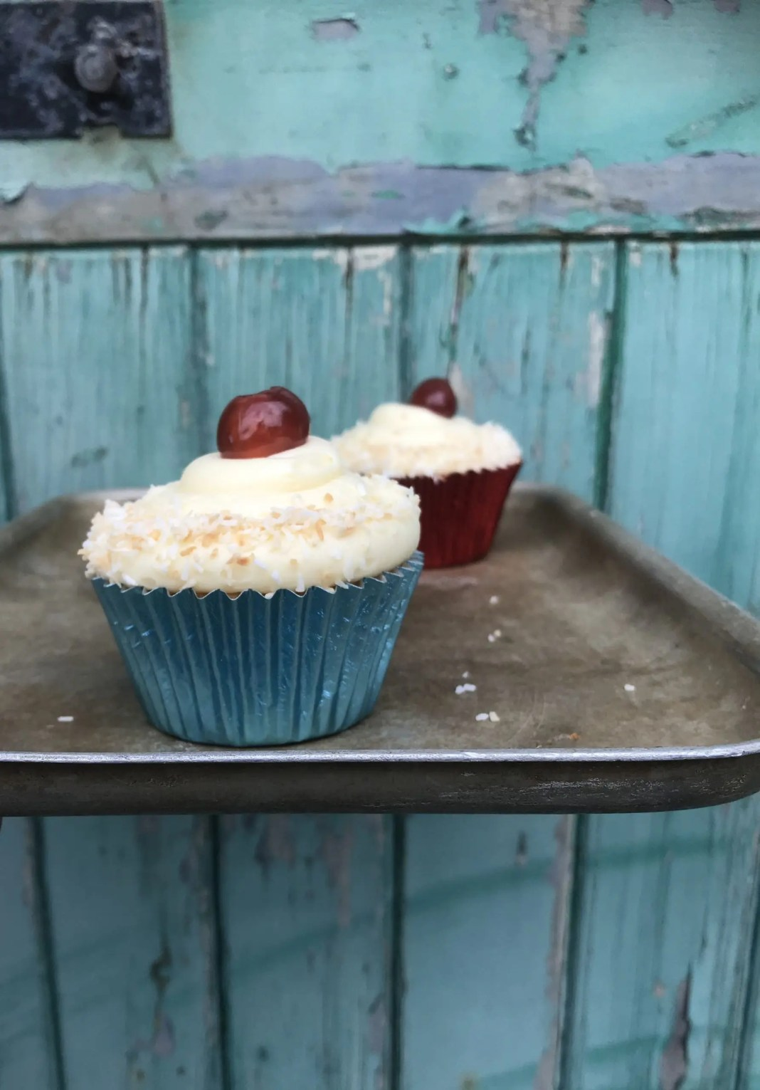 Manchester tart cupcake