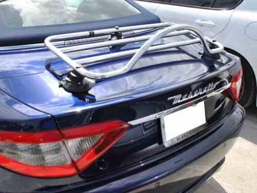 alfa romeo spider luggage rack fitted to Maserati