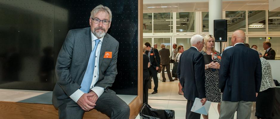 En meget fornøyd Jònas Einarsson etter den offisielle åpningen på mandag ettermiddag.