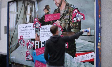 Bundeswehrplakat umgestaltet