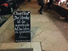 Travelguide Berlin: Ein guter Rat in der BUchhandlung Ocelot in Mitte