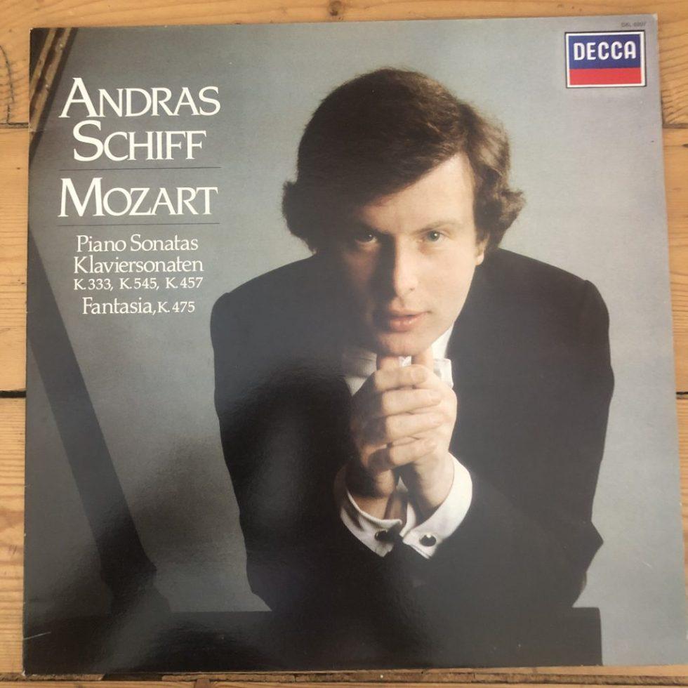 SXL 6997 Mozart Piano Sonatas K.33, K.545. K.457