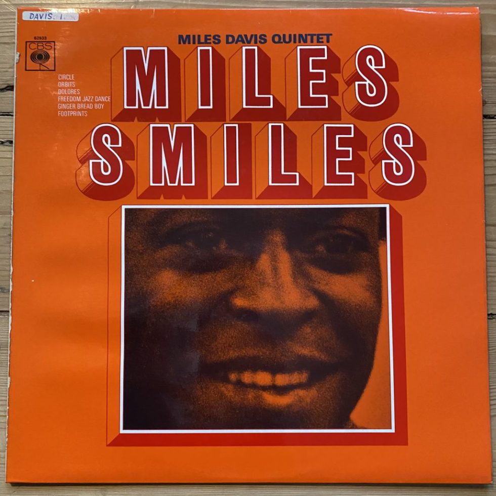 SBPG 62933 Miles Davis Quintet - Miles Smiles
