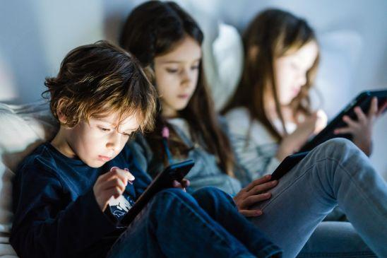 Le contrôle mental des jeunes générations par les écrans, ne donnons plus notre consentement à cela !