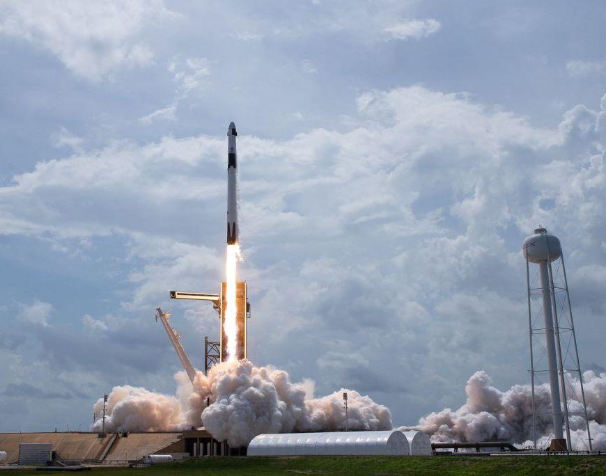1er lancement habité SpaceX