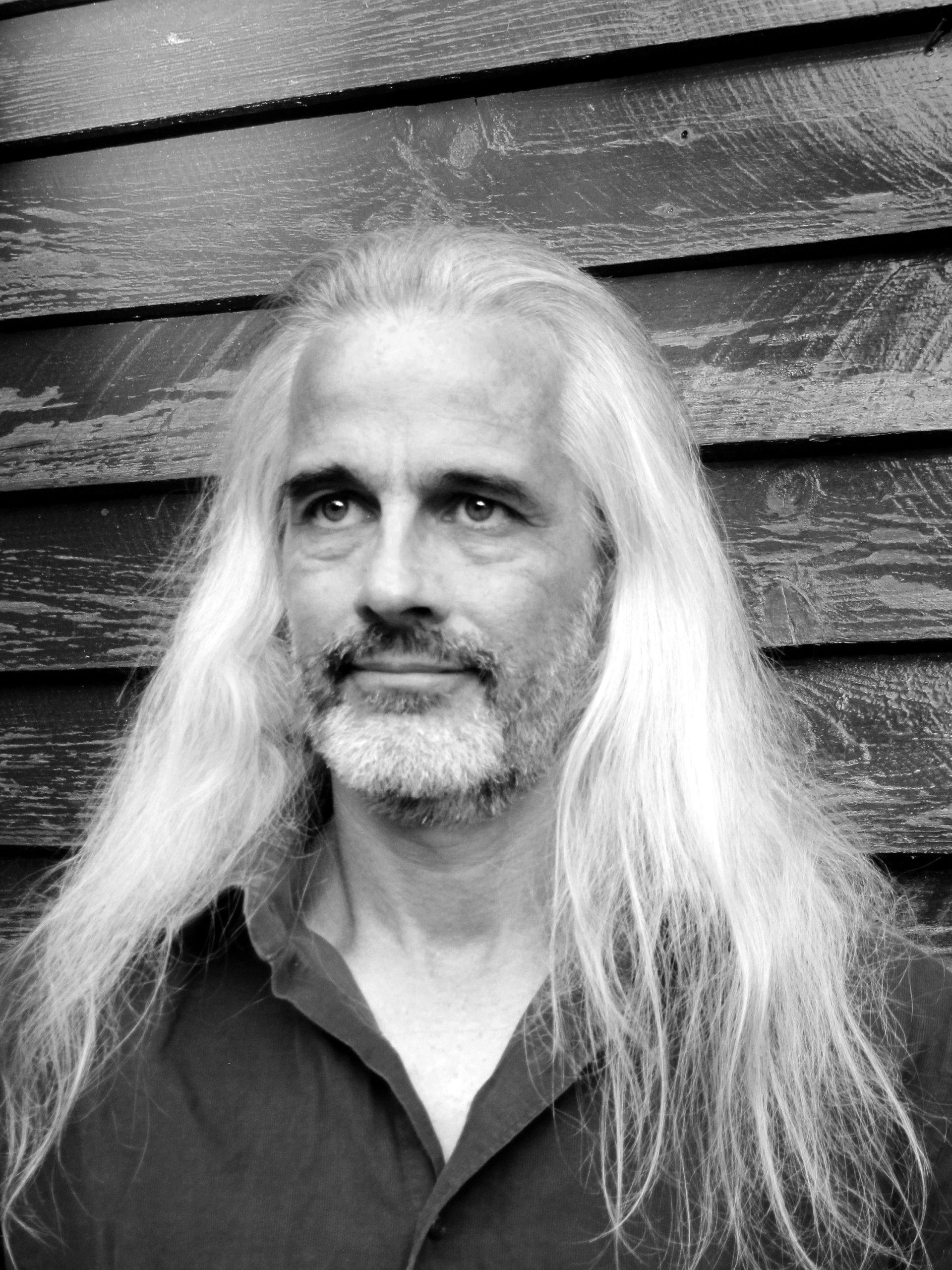 Jacques Martel portrait en noir et blanc