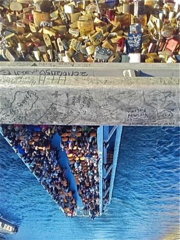 peniche pont cadenas paris