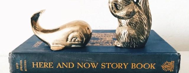 "Tranche de livre intitulé ""Here and now story book"""