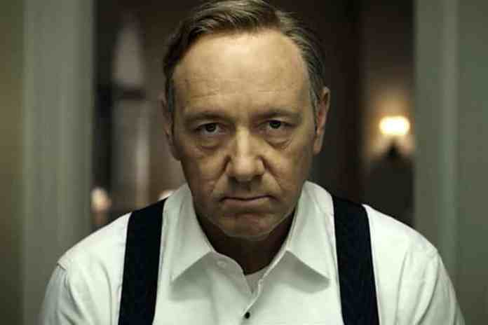 Kevin Spacey ako Frank Underwood