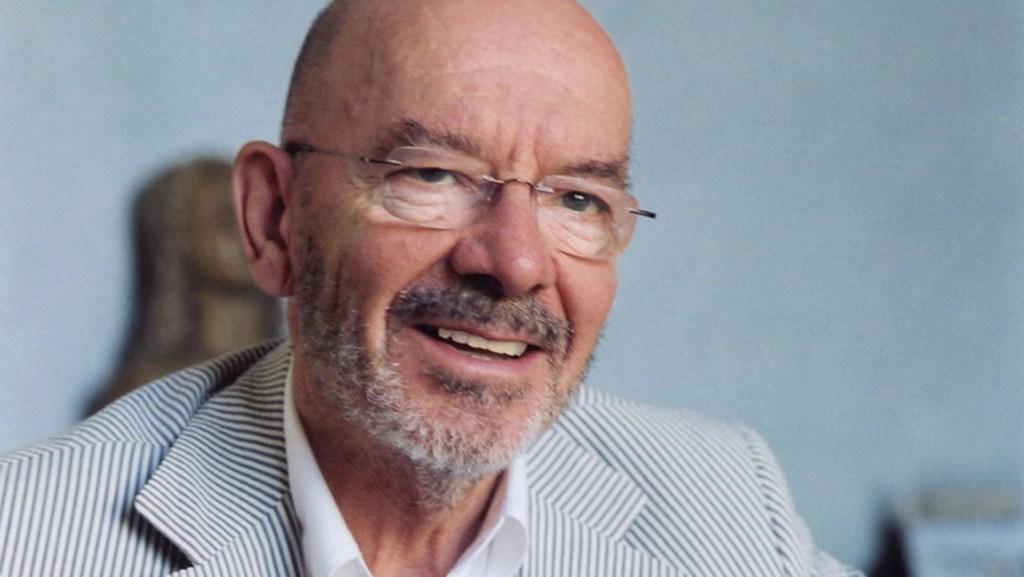 portrait of Mario Bellini