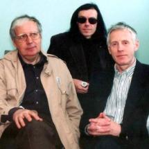 Творчий колектив лабораторії акустооптики, квітень 2002 р.
