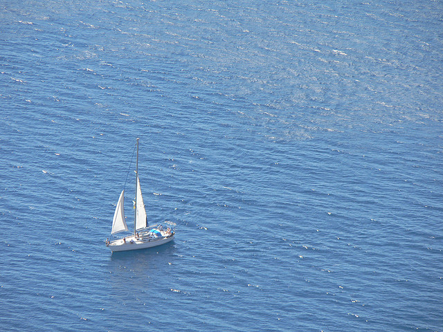 Charter a Yacht in the Greek Islands: A Unique Experience