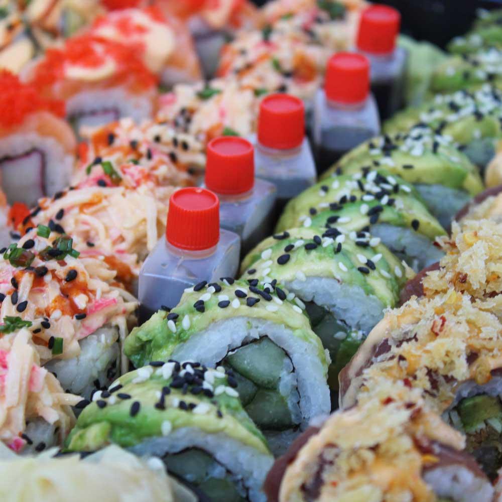 Veislubakkar - Deluxe sushiveislar - Reykjavík Asian