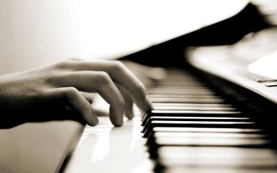 3 Ways the Chords Track Will Make You a Better Pianist