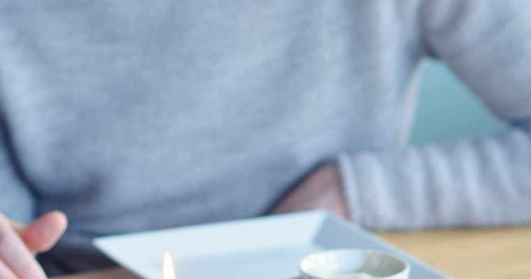 Vegane Himbeer-Sahne Biskuittrolle