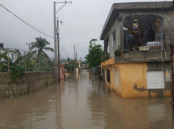 Inondations également en RD, Medina s'est rendu lui-même sur les lieux