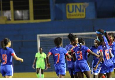 Caribbean Cup U-17 : Les grenadières vont en finale !