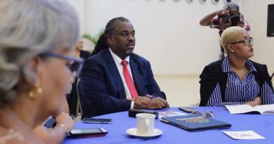 Le maire Youri Chevry annule les festivités pré-carnavalesques à Port-au-Prince