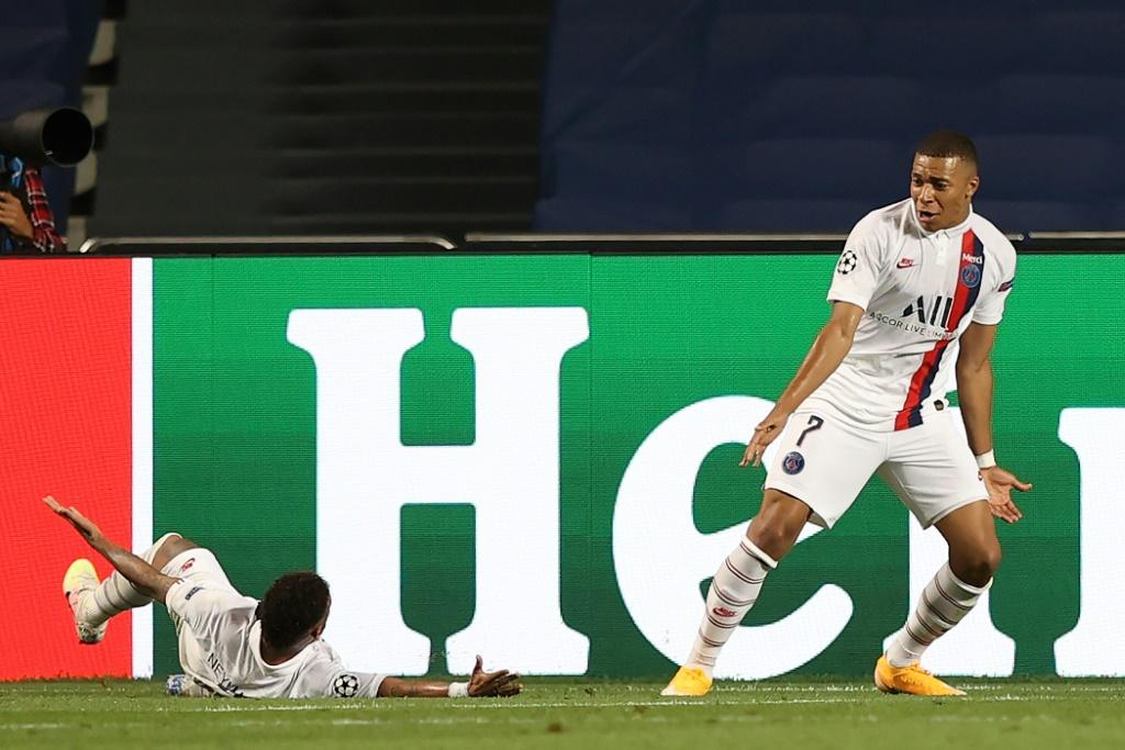 Ander Herrera élogieux envers Choupo-Moting — PSG
