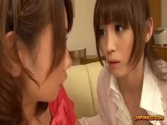 性欲を持て余した美人妻達のレズプレイのrezu動画