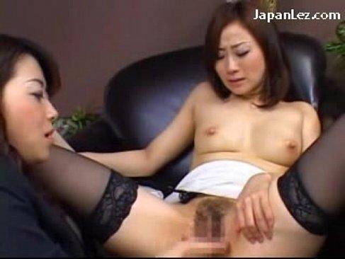 キャリアウーマンな美人OLが上司におまんこを弄られて痙攣絶頂してるれズビアンyuutyu-bu