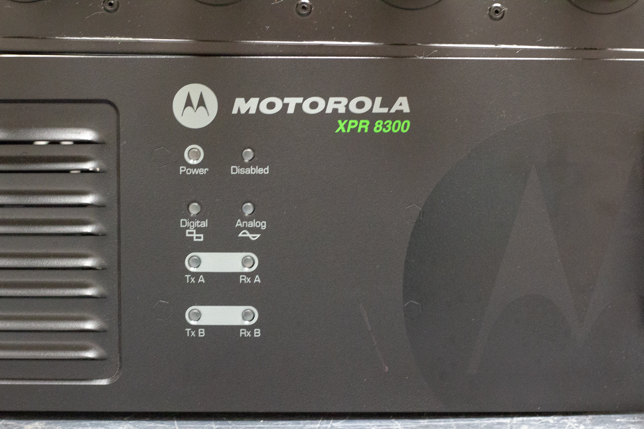 Motorola XPR 8300 Repeater and 6 Cavity Celwave Duplexer - RF