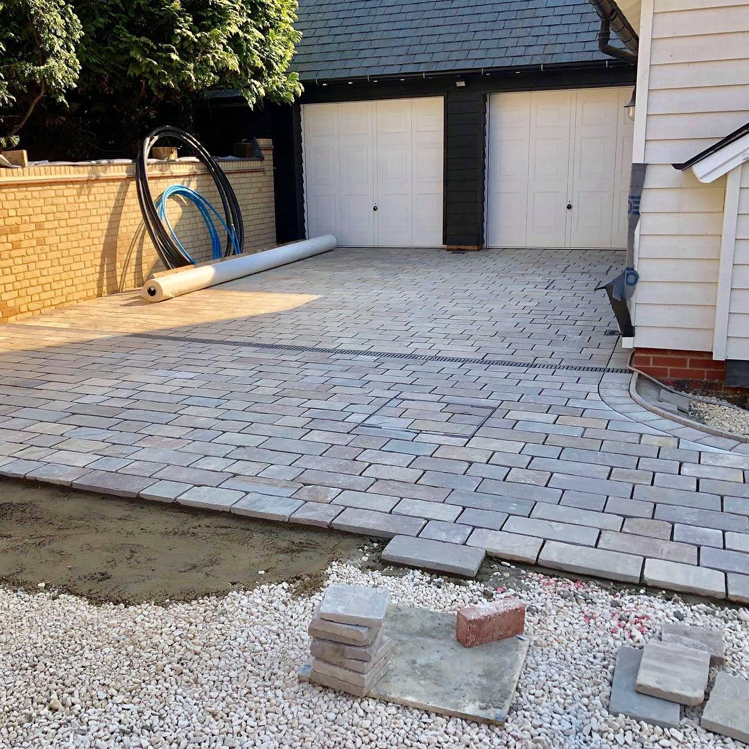 paving slabs landscaping suppliers